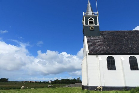 Walking tour over the island Texel