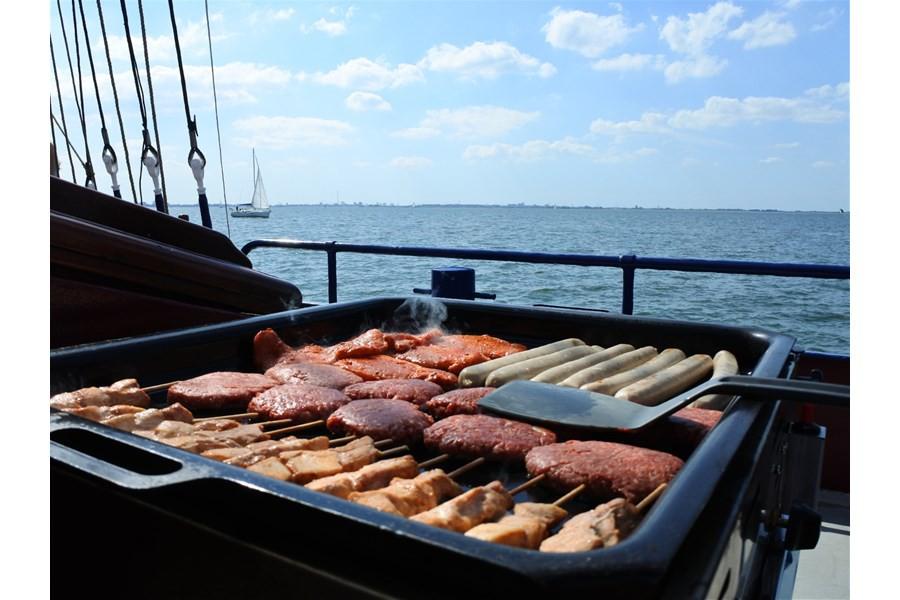 Detailafbeelding van Barbecue cruise