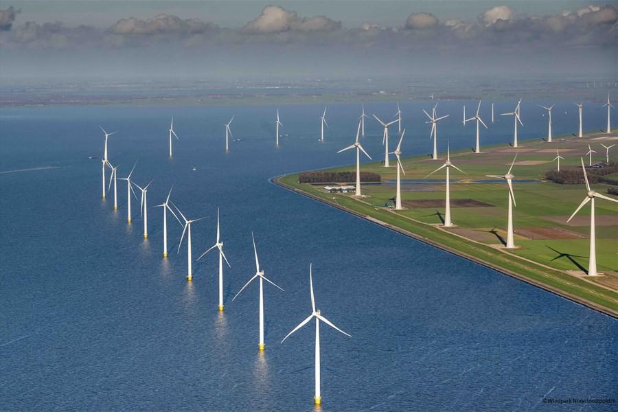Detailbild von Tagestörn zu eine Windmühlenpark