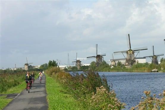 Radfahren und Segeln am IJsselmeer