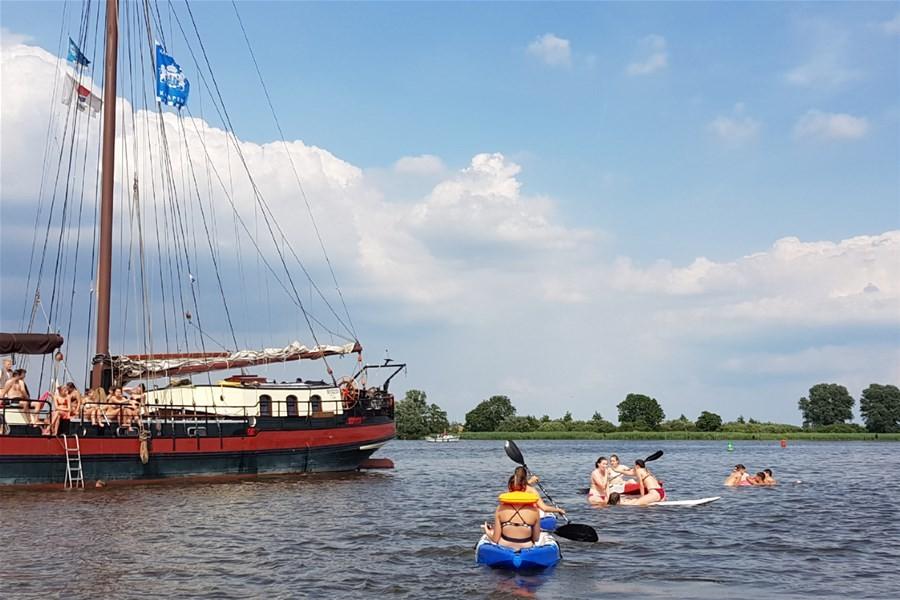 Detailbild von Wochenausflug auf den friesischen Seen