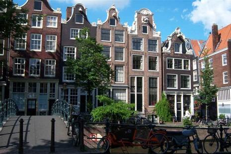 City walking tour in Amsterdam