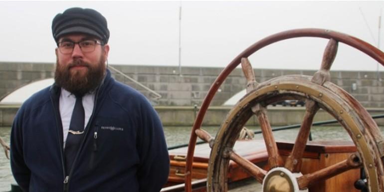 Even voorstellen: Lucas Knol, de schipper van de tjalk Pelikaan